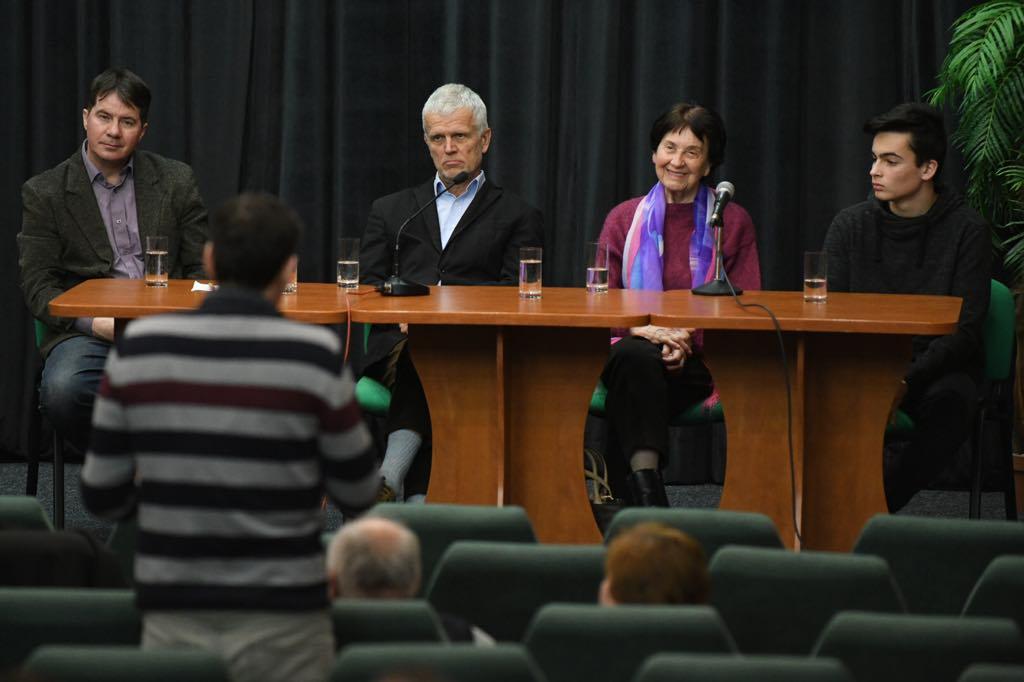 Koncert a diskusie